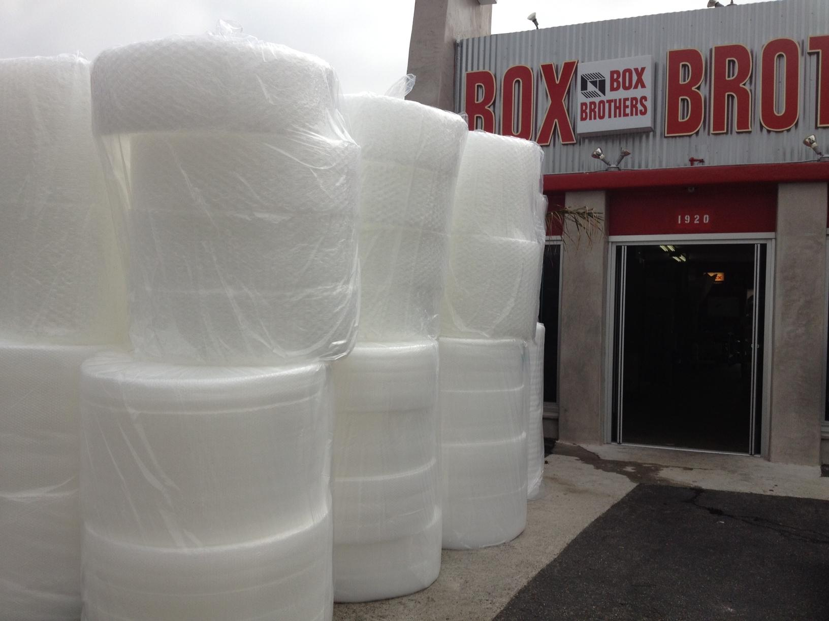 "<a href=""/image/image-galleries/weeks-supply-bubble-wrap/bubble-wrap-door"">Bubble wrap at the door</a>"