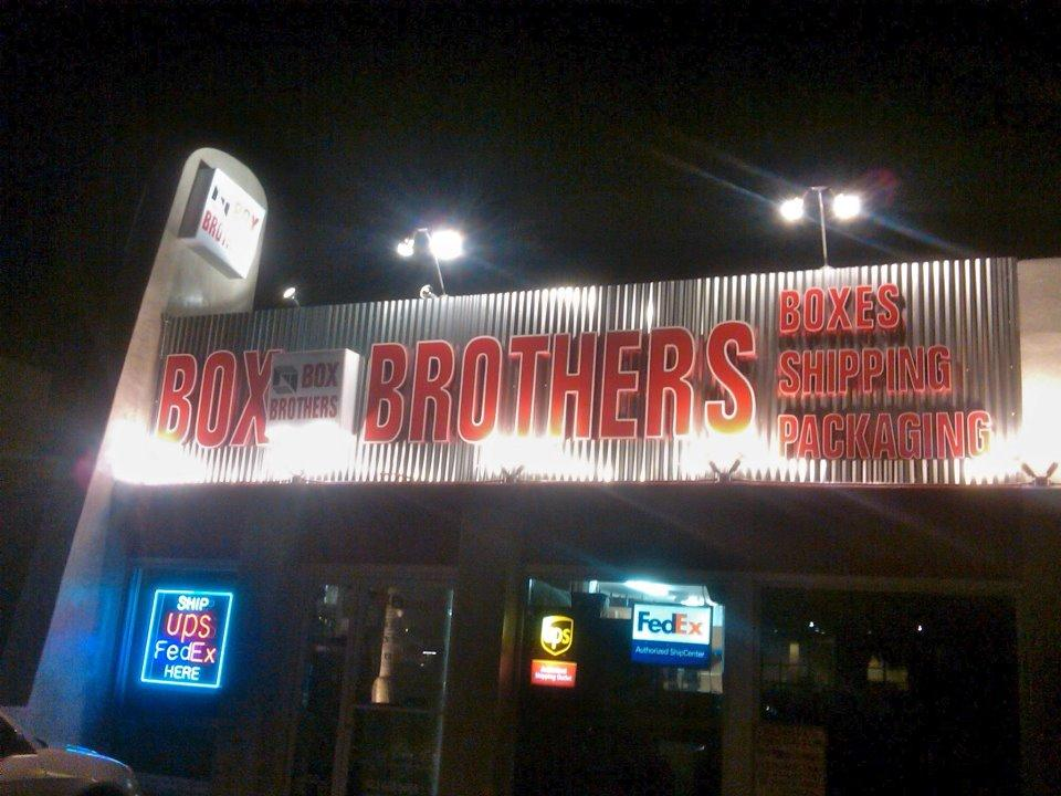 "<a href=""/image/image-galleries/box-brothers-la/box-bros-los-feliz-night"">Box Bros Los Feliz at night</a>"