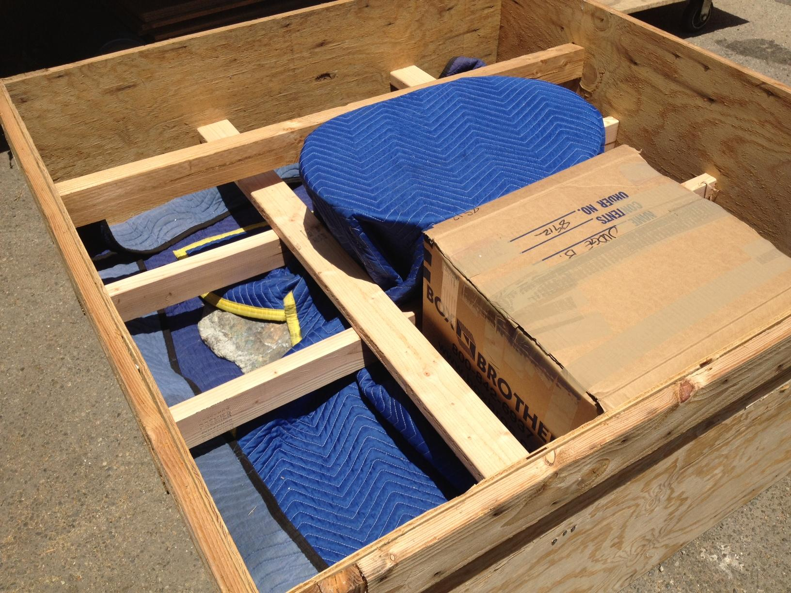 """<a href=""""/image/image-galleries/crating-shipping-marble-coffee-table-judge-alaska/well-packed"""">well packed..</a>"""