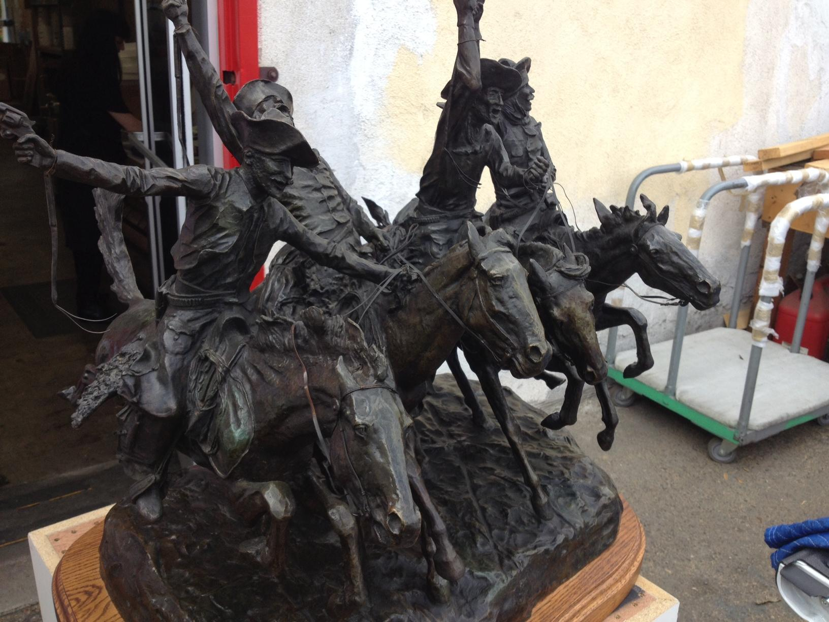 "<a href=""/image/image-galleries/shipping-frederic-remington-bronze/remingtons-coming-thru-rye-beore-packing"">Remington's Coming Through The Rye before packing</a>"
